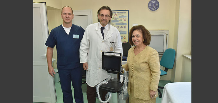 HRH Crown Princess Katherine handed ultrasound machine to the Institute for Mother and Child