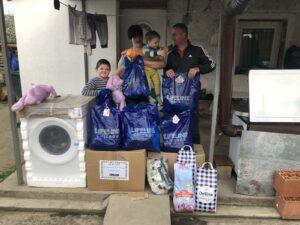 Donacija za porodicu u selu Vitina