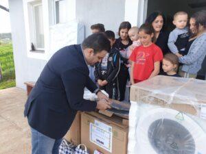 Donacija za porodicu u selu Straža
